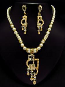 Afbeelding van Pearl Necklace and Earrings JS009
